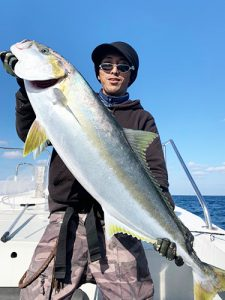 芦屋沖響灘玄海を運行する遊漁船「第二磯丸」